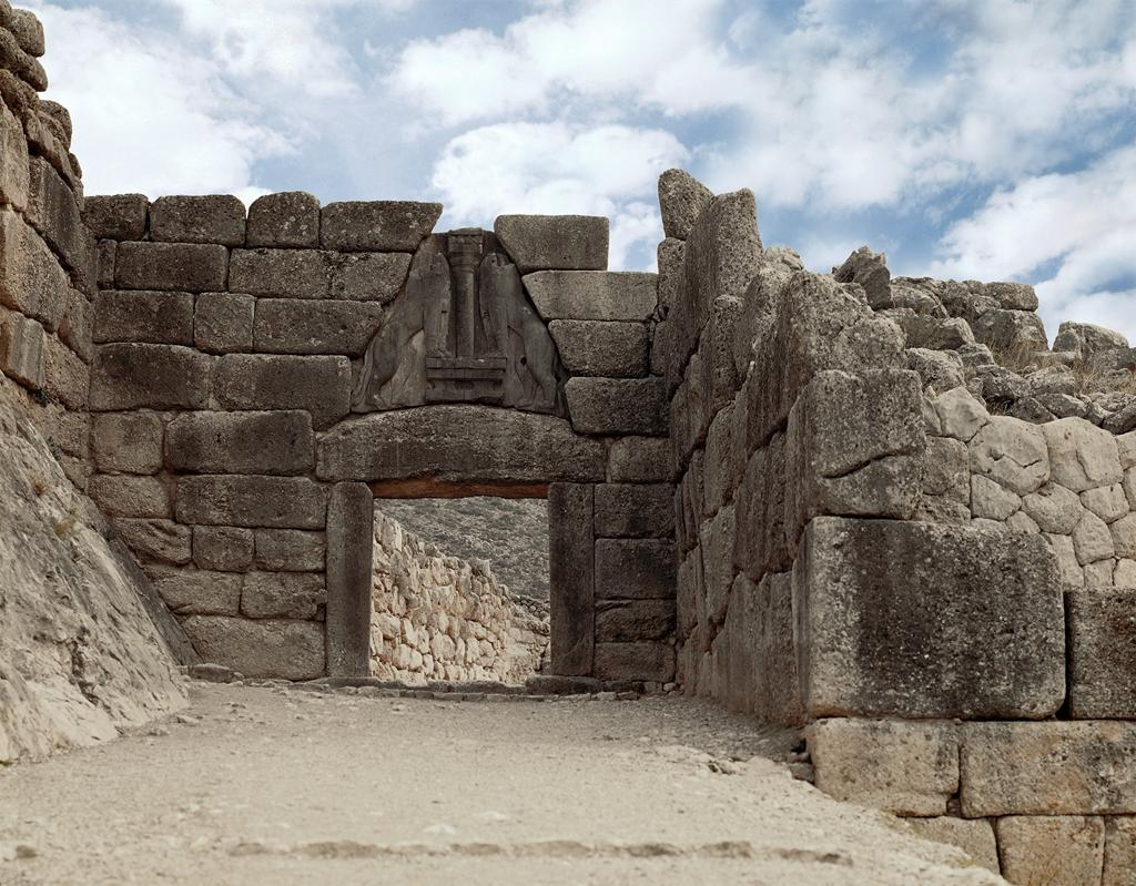 lion_gate_at_mycenae.jpg